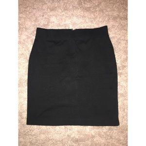 Never Worn—Gap Black Pencil Skirt